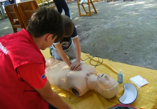 Crucea Roșie oferă cursuri de inițiere în acordarea primului ajutor!